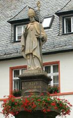 lullus statue hersfeld